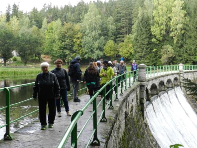 Zapora wodna na Łomnicy